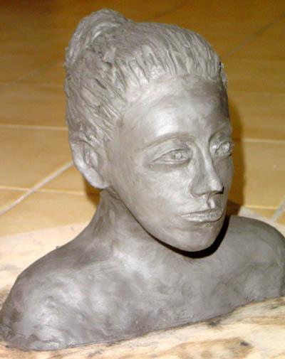 buste de femme argile