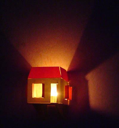 Maison photophore en carton